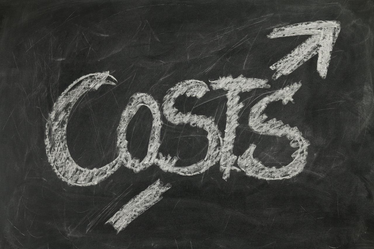 Chi phí lớn hơn doanh thu